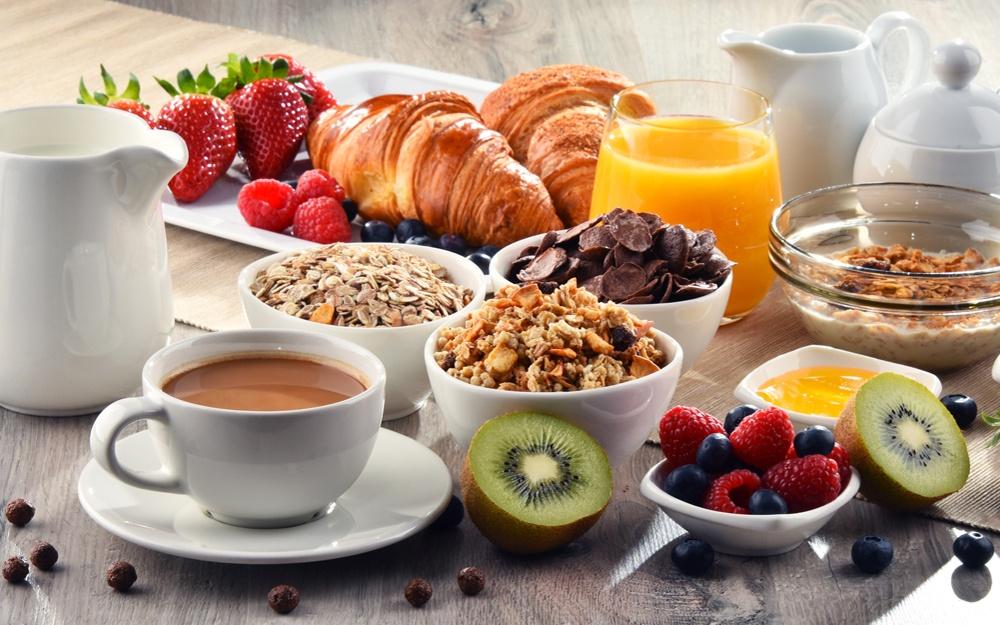 5-una-buona-colazione-fa-bene-al-cuore.jpg